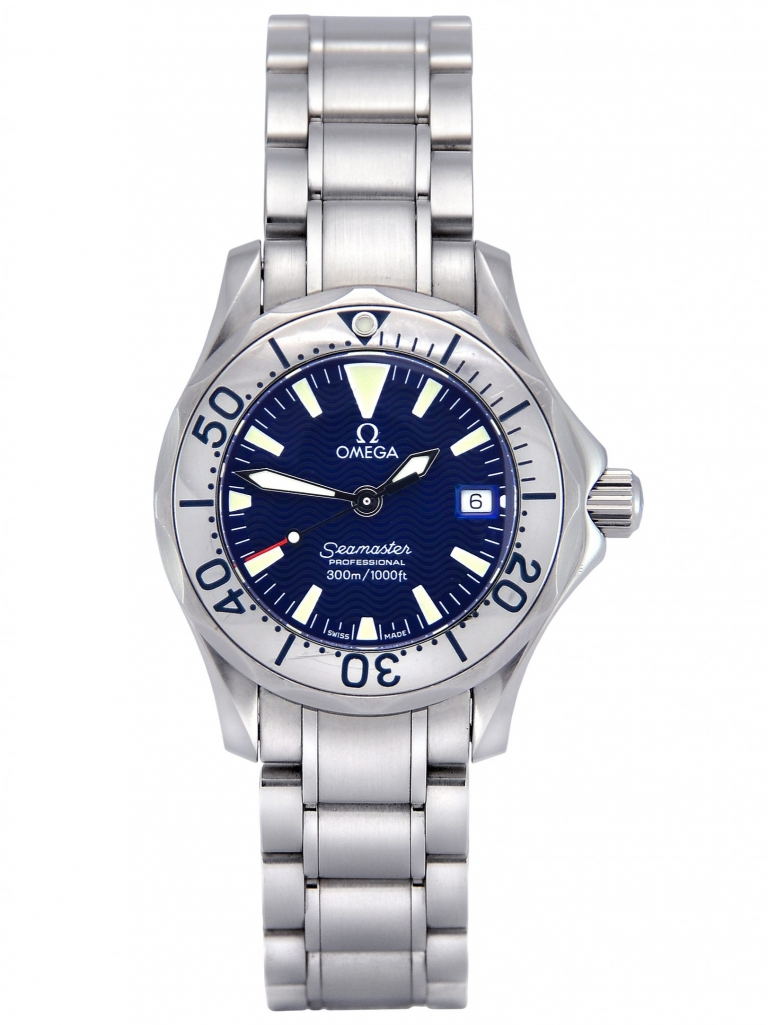 Front view of a pre-owned ladies' Omega Seamaster 2285.80.00 in stainless steel with a wave blue dial