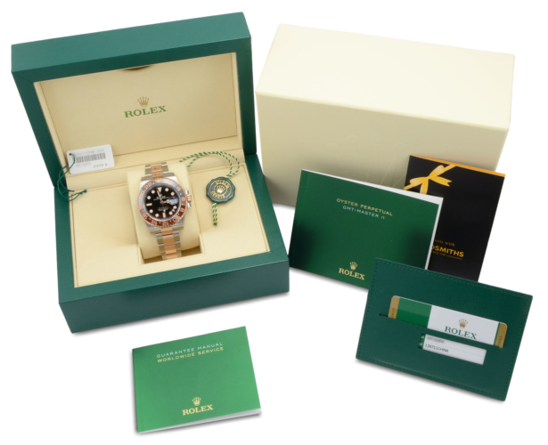 """Image of a stainless steel & rose gold Rolex GMT-Master II 126711CHNR """"Rootbeer"""""""