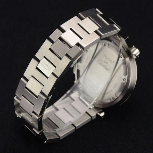 Detailed view image of a second hand ladies' Cartier Pasha C W31044M7 Grand Date