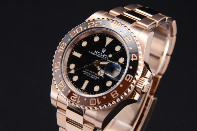 Image of an everose gold, second hand, 2019 Rolex GMT-Master II 126715CHNR