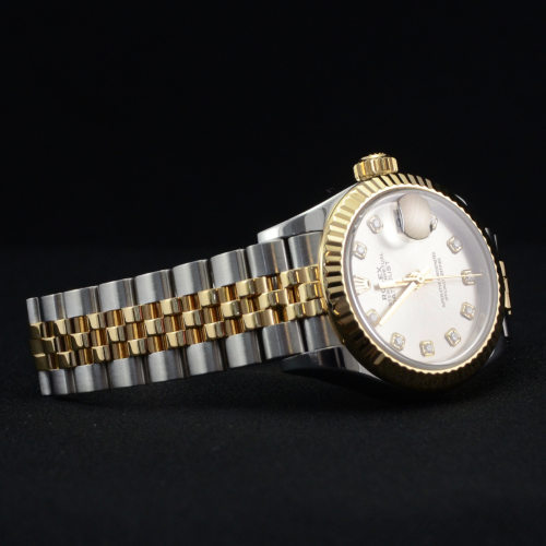 Rolex Lady-Datejust 279173 with 28mm silver diamond dot dial, in bimetal stainless steel & yellow gold