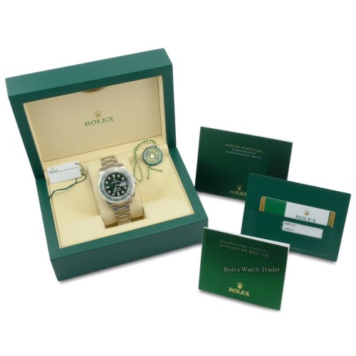 Rolex Submariner Date 116610LV Hulk 2019 Stainless Steel Green Dial Discontinued For Sale Second Hand Pre-Owned Used