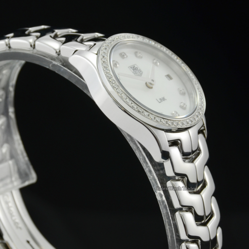 TAG Heuer Link WJF1417.BA0589 Ladies' Factory Gem Set Mother Of Pearl Dial Diamond Bezel Stainless Steel For Sale Available Purchase Buy Online with Part Exchange or Direct Sale Manchester North West England UK Great Britain Buy Today Free Next Day Delivery Warranty Luxury Watch Watches